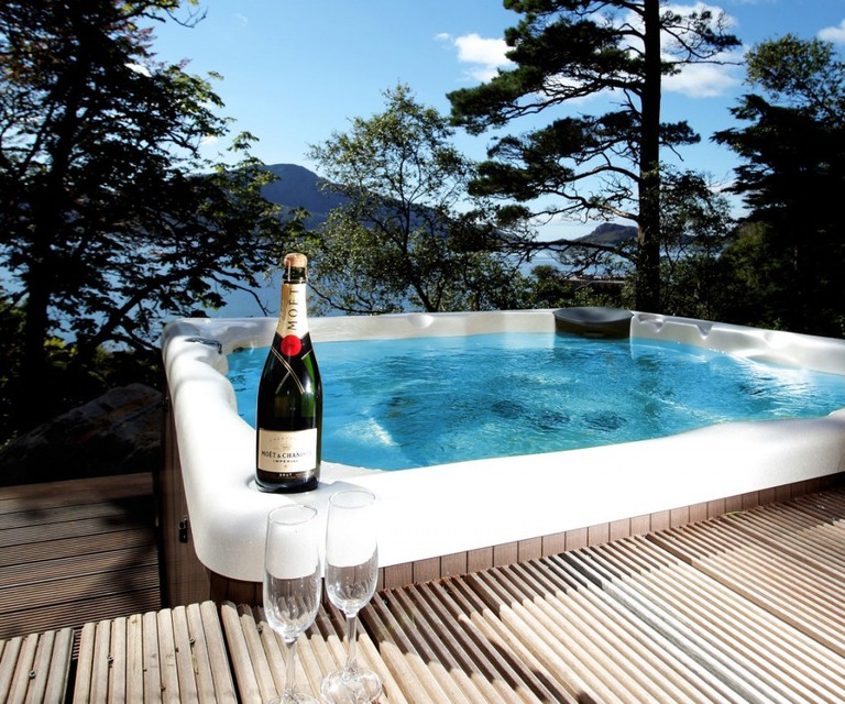 Knoydart Hide Hot Tub And View | Courtesy Of Knoydart Hide