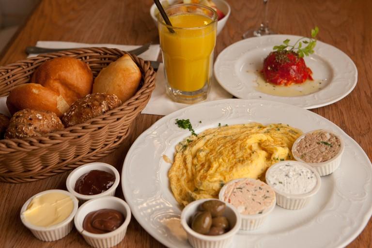 An Israeli breakfast | Dana Friedlander for the Israeli Ministry of Tourism.