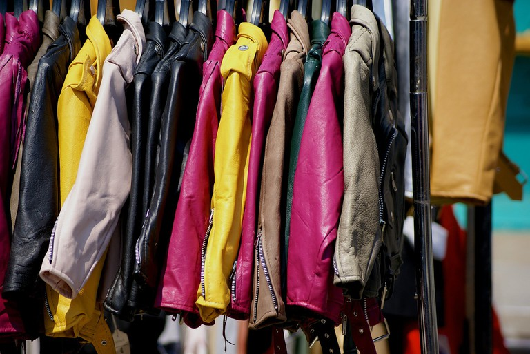 Clothes Market | © rose_mcavoy/pixabay