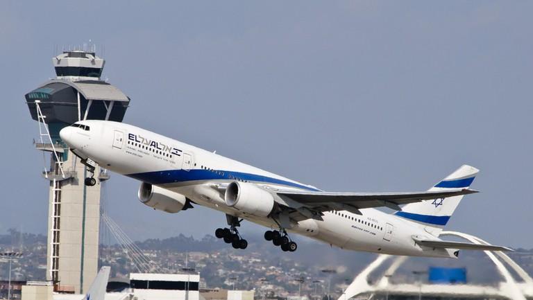 El Al plane takes off for Israel | InSapphoWeTrust, Flicker