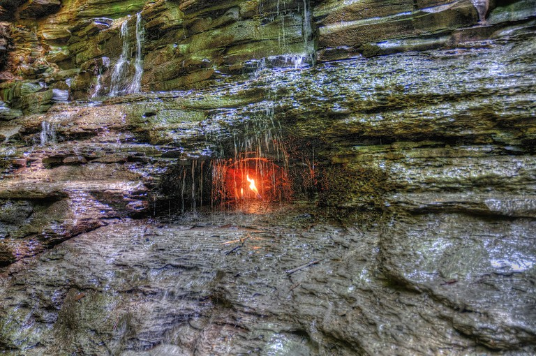 Eternal Flame Falls|©Kim Carpenter/Flickr