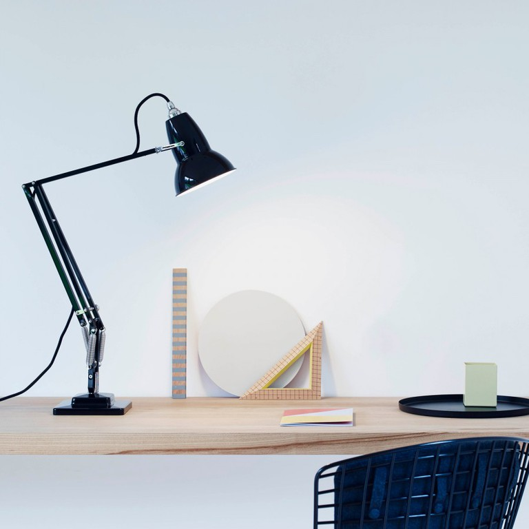 Original 1227 | Courtesy of Anglepoise