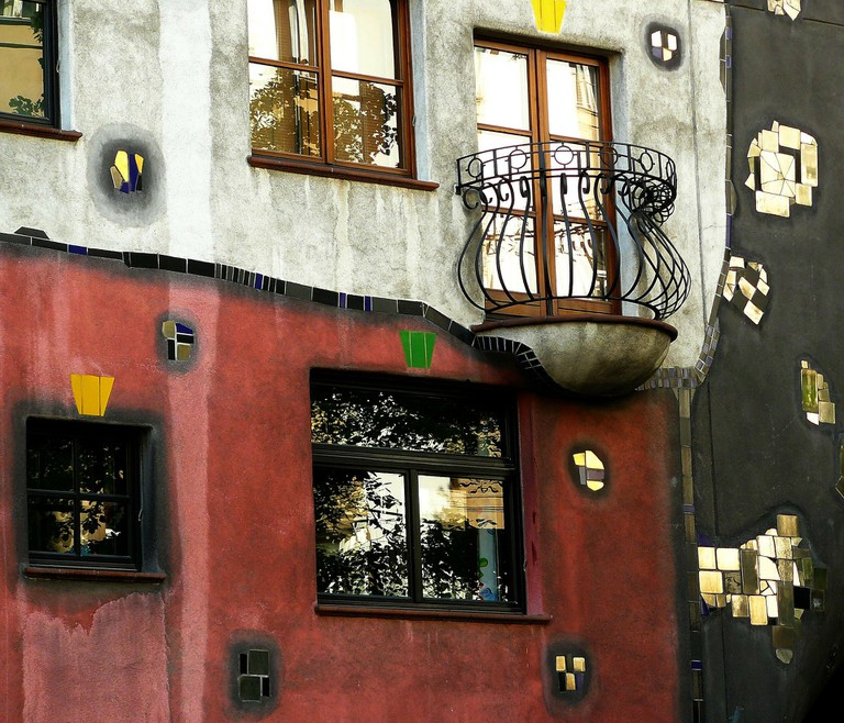 The Famous Hunderwasserhaus   © cocoparisienne / pixabay