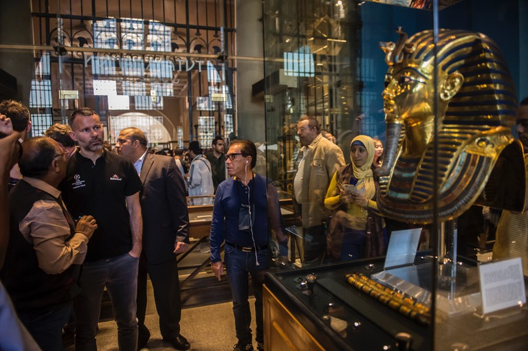 Visiting the Cairo Museum of Antiquities. | © Getty images