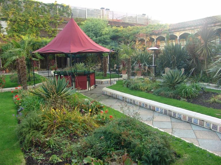 Kensington Roof Gardens | ©Bryce Edwards / Flickr
