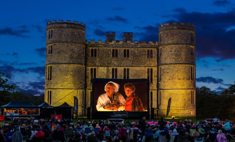 Lulworth Castle | © Riot Communications/Luna Cinema