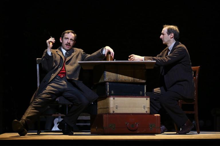 Max Gordon Moore (as Eugene O'Neill) and Richard Topol  © Carol Rosegg