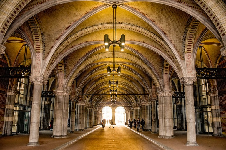 The Rijksmuseum is the only museum in the world with an interior cycle path