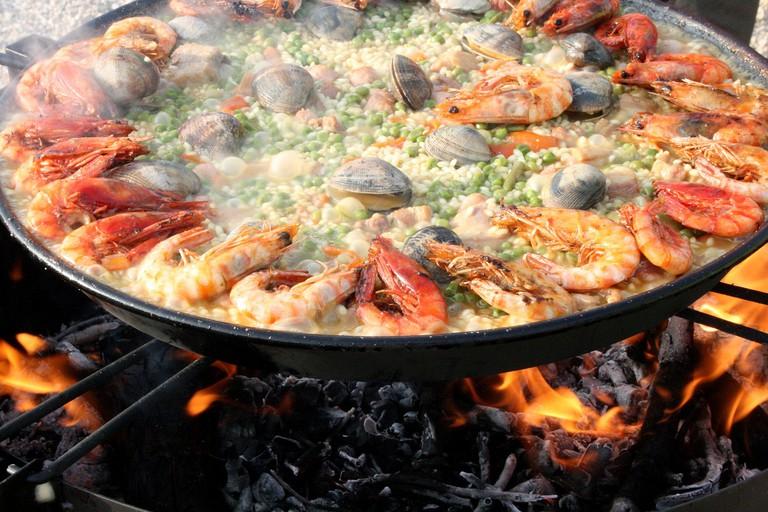 A traditional paella | © Pixabay
