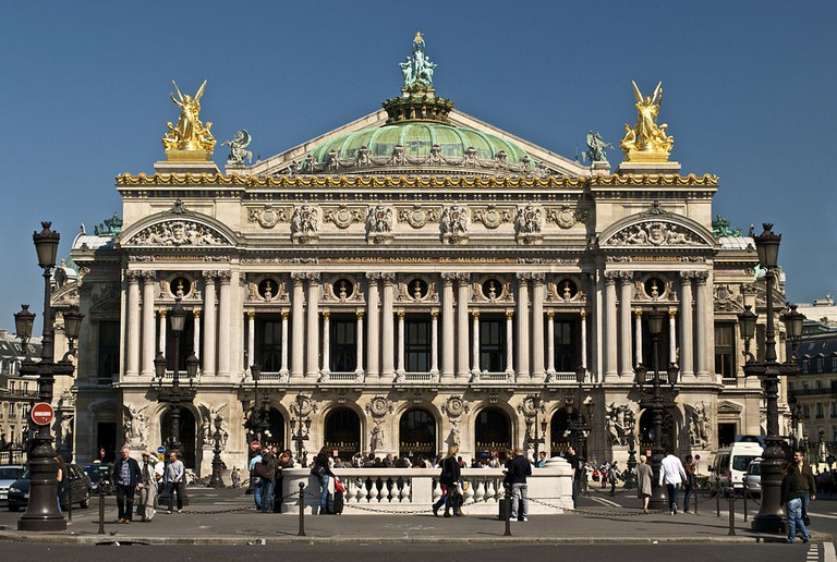 Palais Garnier │© Peter Rivera / Wikimedia Commons