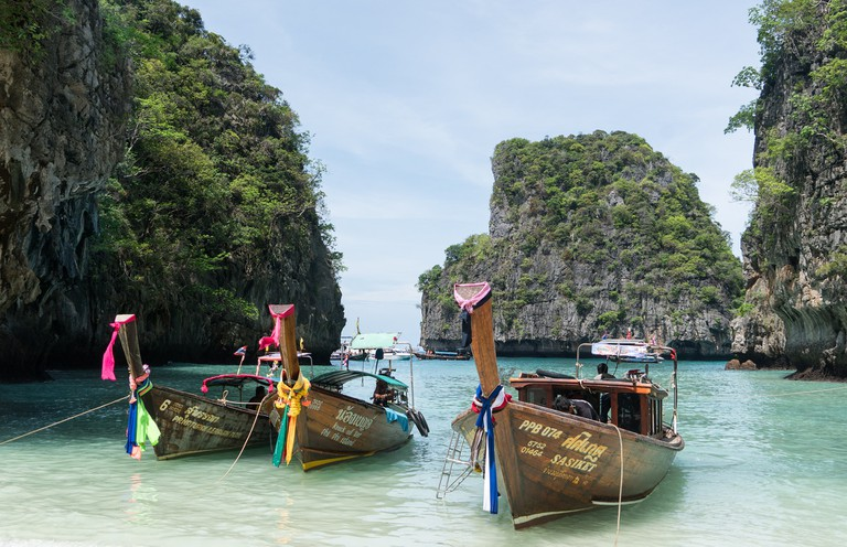 phuket-1451847_1920