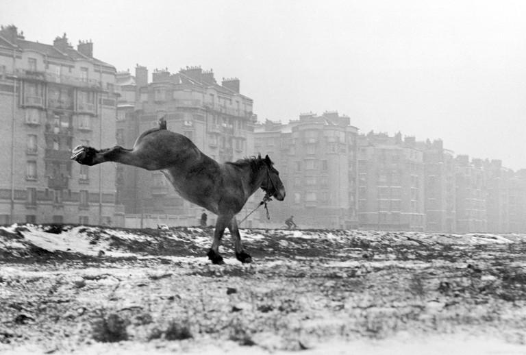 Porte de Vanves, 1951 │© Sabine Weiss