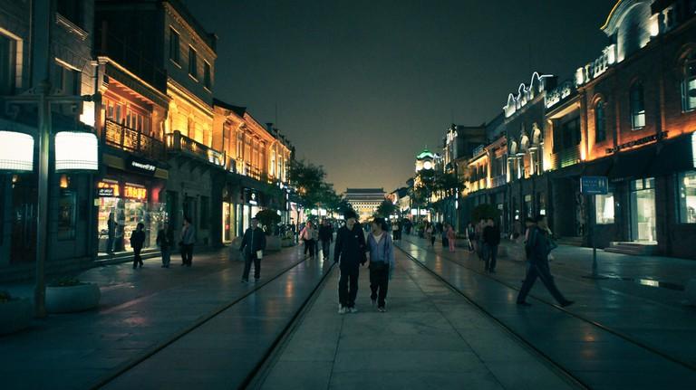 Qianmen Pedestrian Street   © oarranzli/Flickr