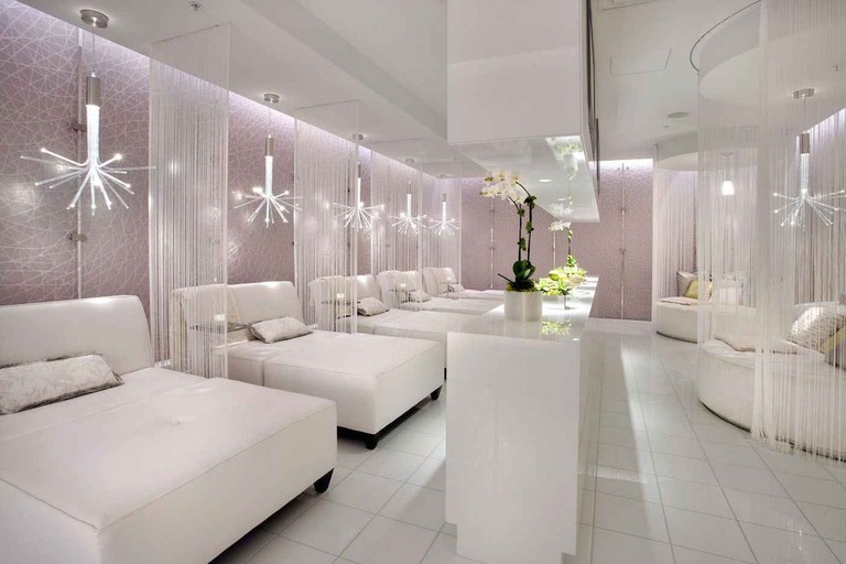 The spa lounge at the Ritz-Carlton, Los Angeles|Courtesy of The Ritz-Carlton, Los Angeles
