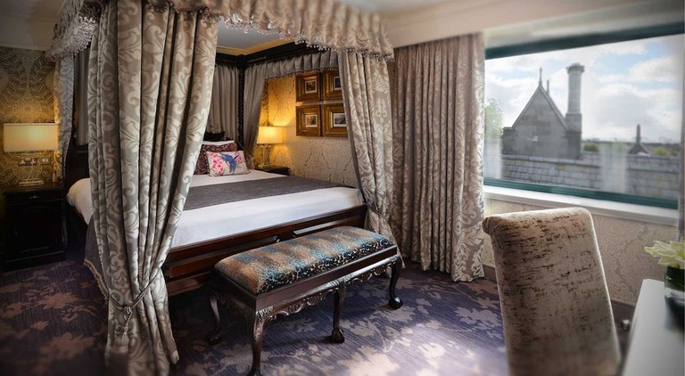 A luxury suite at Clontarf Castle Hotel | Courtesy of Clontarf Castle Hotel