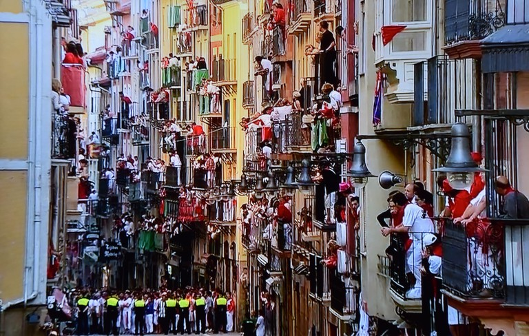 Balconies during San Fermin, Pamplona | ©Marcela Escandell / Flickr