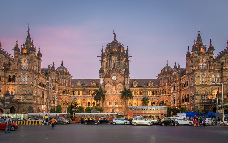 Mumbai Train Station | © Paul Prescott / Shutterstock