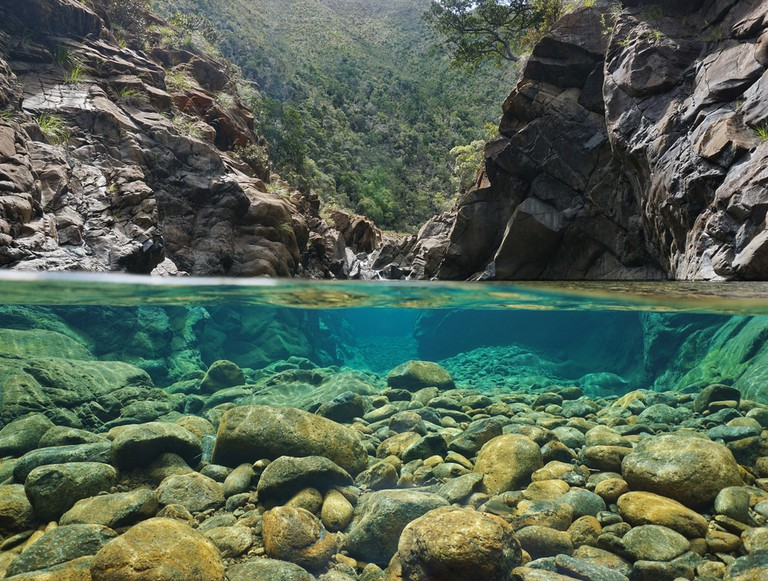 The clear waters of Dumbea River | © Seaphotoart / Shutterstock