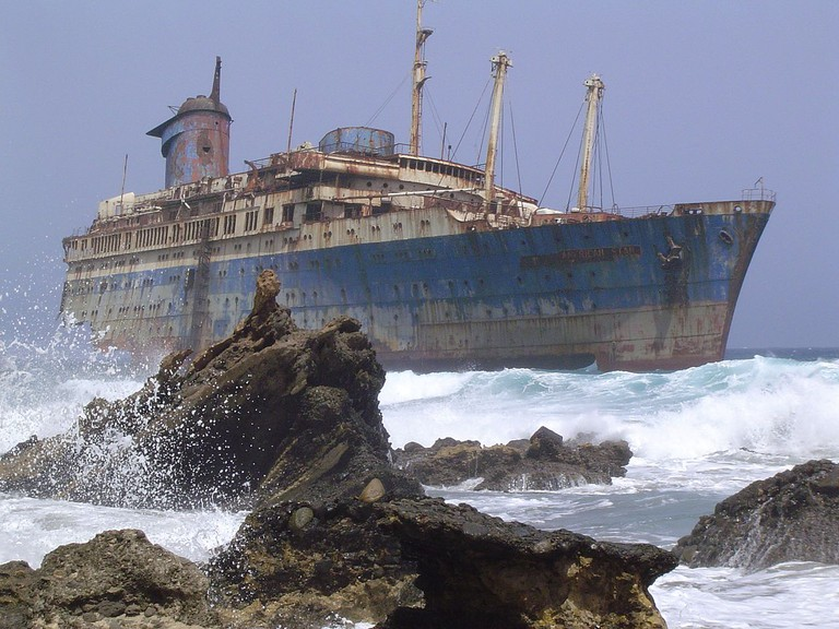 What is left of the SS America | © Wikipedia Germany / Wollex