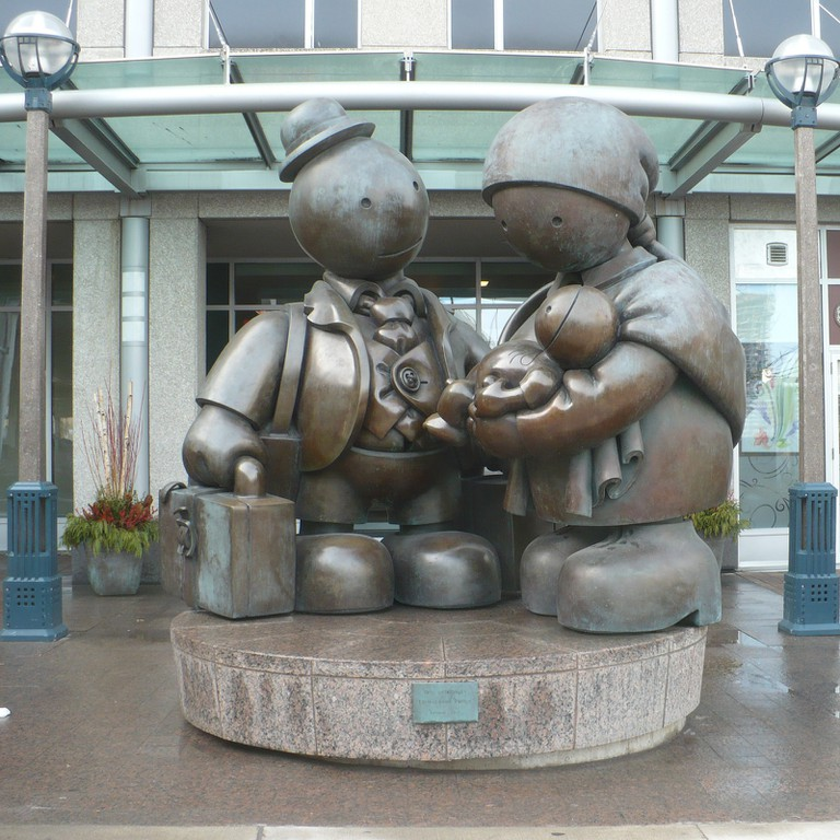 Immigrant Family, by Tom Otternes | © Secondarywaltz/ WikiCommons