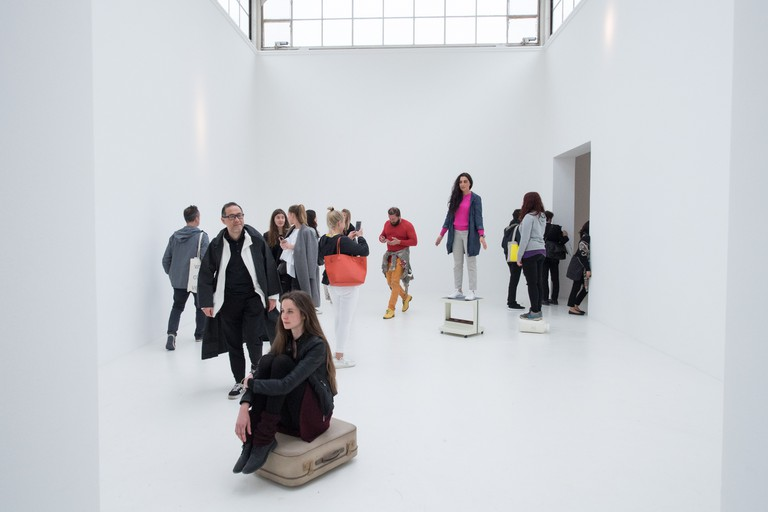 Erwin Wurm 'Just about Virtues and Vices in General, 2016 – 2017'. Performative one minute sculpture, Austrian Pavilion |Photo: Daniele Nalesso/© Bildrecht, Vienna 2017