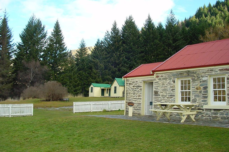The School House and Aurum Homestead at Skippers Point