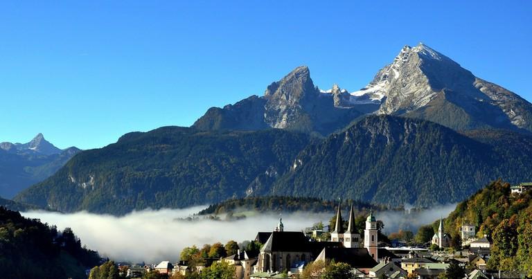The Watzmann Mountain Overlooking the Village | © Eric Bauer/Flickr