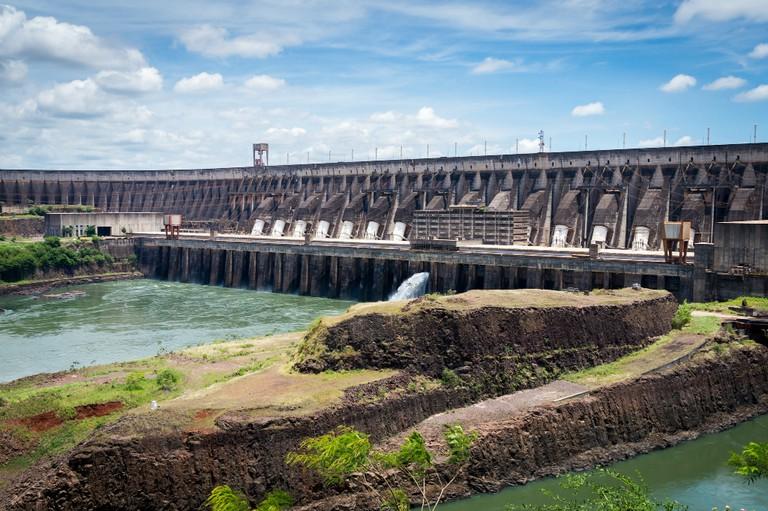 Itaipú Dam I