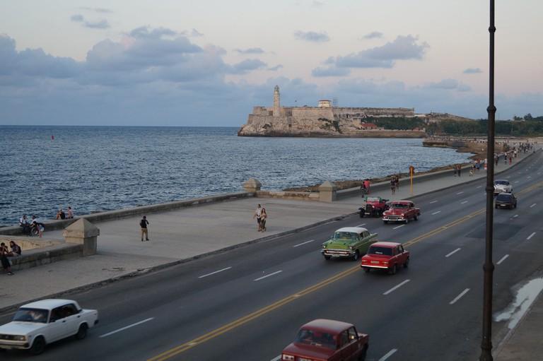 Maquinas in the Malecon, Havana