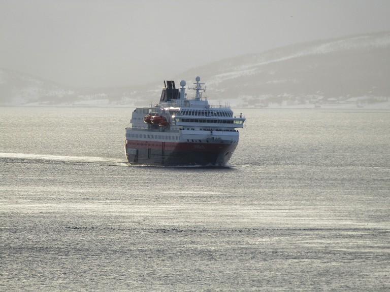 MS Nordlys coming in to Tromsø