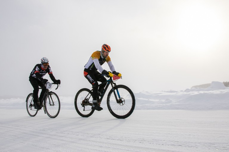 A winter cycling competition in Finland