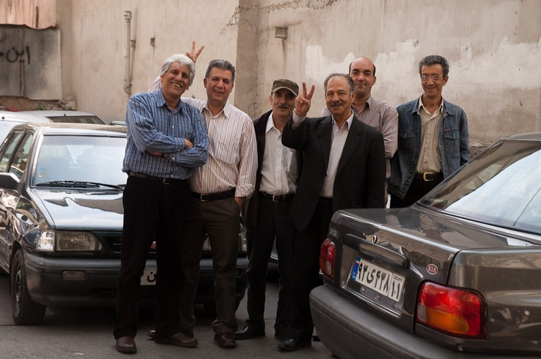 Friendly taxi drivers | © Kamyar Adl / Flickr