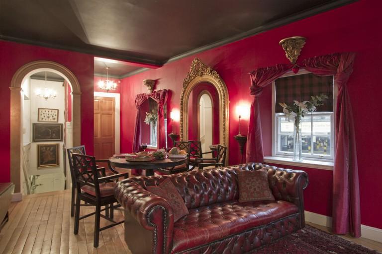 King's Stable Cottage Interior | Courtesy Of Strutt & Parker