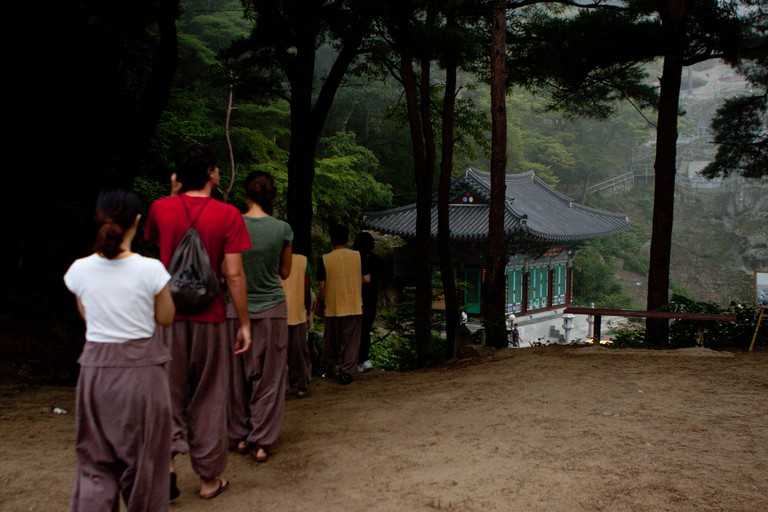Templestay participants take an afternoon walk