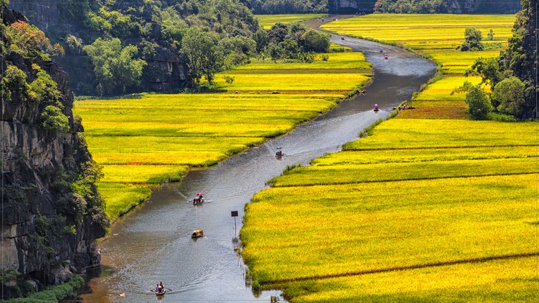 Boat rides around Tam Coc rice terraces | © Tuấn Mai / Flickr