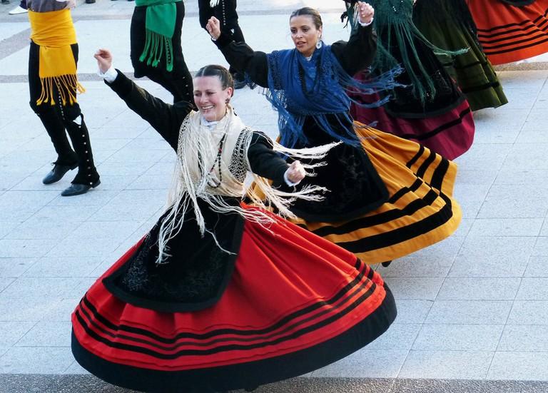 Bailando la Muiñeira, Spain