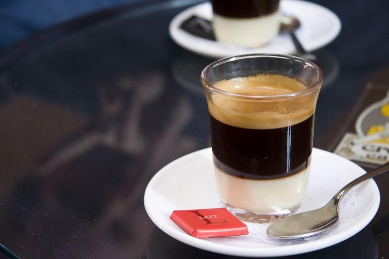 Cafe bombon | ©Chris Gladis / Flickr