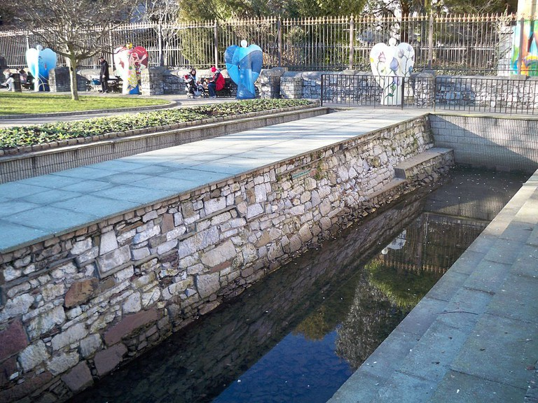 Cork City Walls in Bishop Lucey Park   © IWTN/Flickr