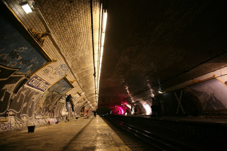Croix Rouge ghost station │© vincent Desjardins/ Wikimedia Commons