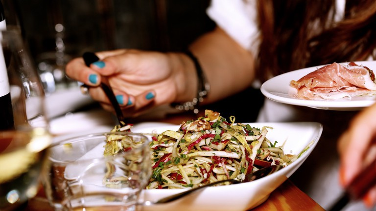 If you're jaded, try to reconnect to simple pleasures - like a good meal | © Leeroy/Life Of Pix