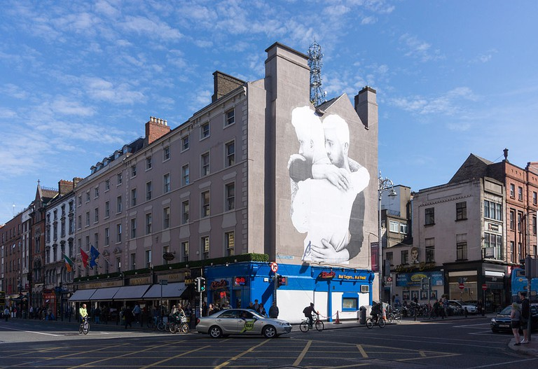 Yes Equality mural by Joe Caslin in Dubiln   © William Murphy/Flickr