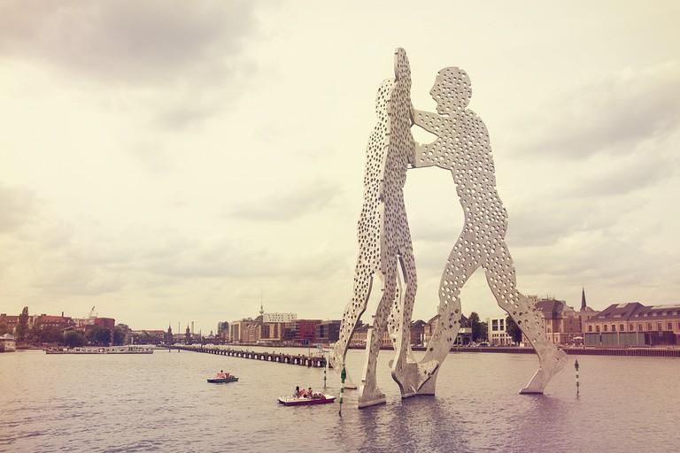 Molecule Man on The Spree | © ThreeLittlePigsHostel/ Pixabay