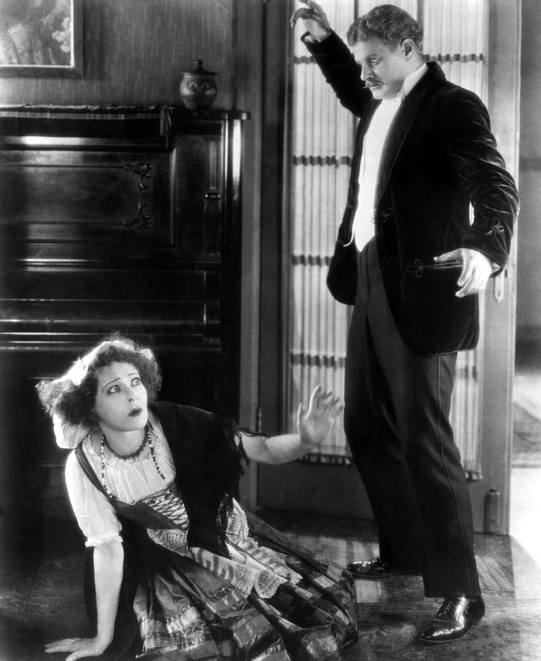 Alla Nazimova and Alan Hale in the 1922 film adapted by Nazimova and directed by her husband Charles Bryant | © United Artists
