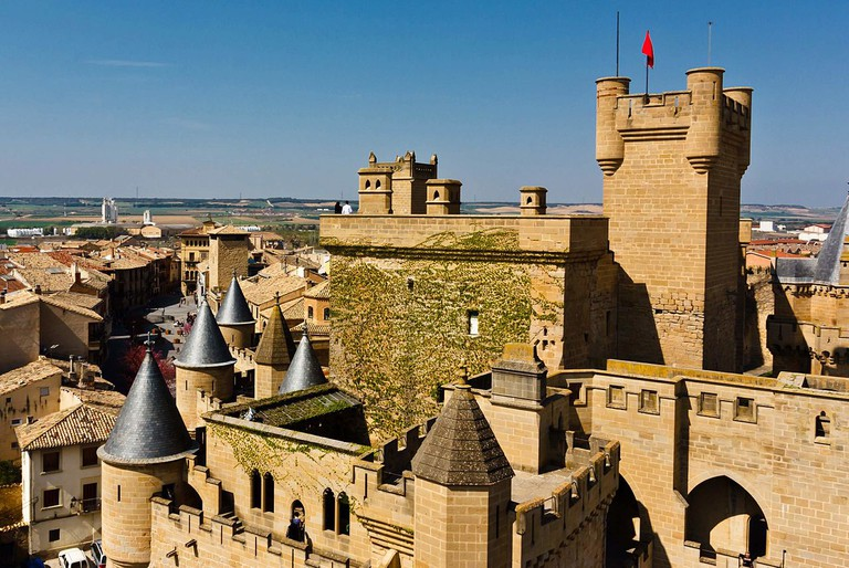Castle of Olite | ©César Viteri Ramirez / Wikimedia Commons