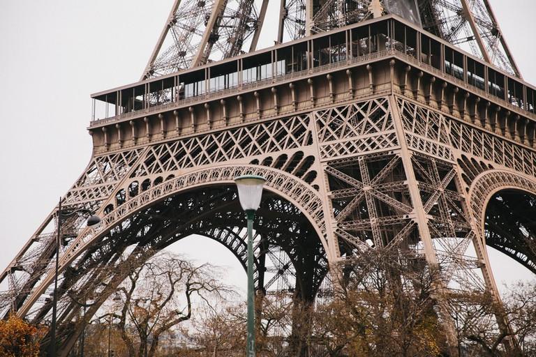 PARIS-WEST-26