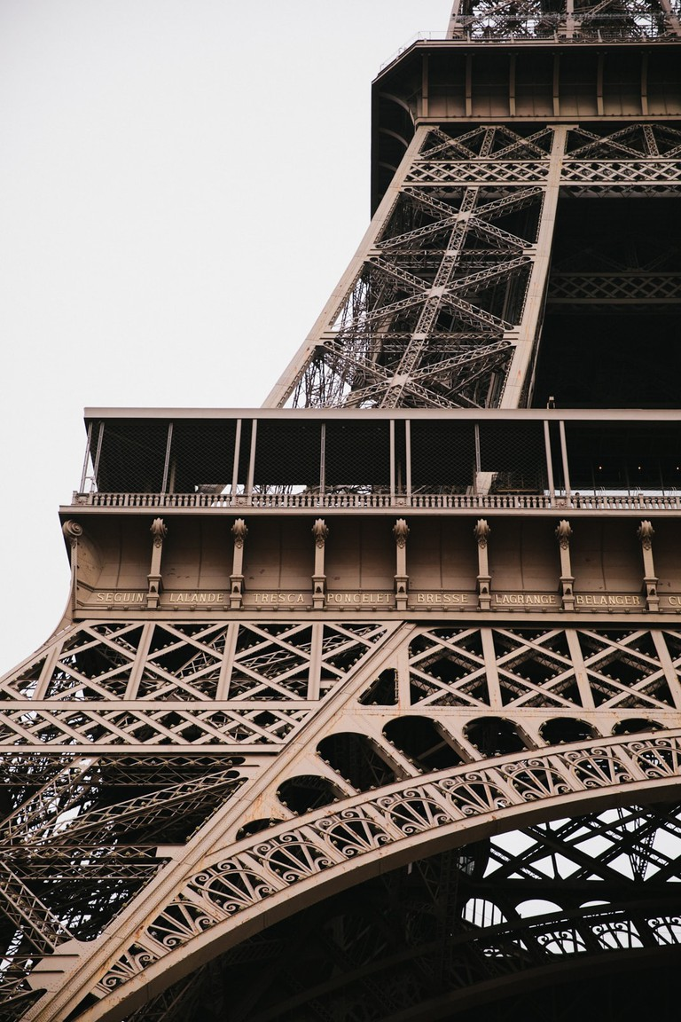 PARIS-WEST-38