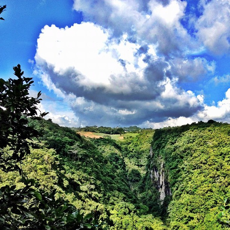 "<a href=""https://www.flickr.com/photos/jorgefusaro/8175187720/in/photolist-dspYuq"">Part of San Cristobal Canyon in Puerto Rico 