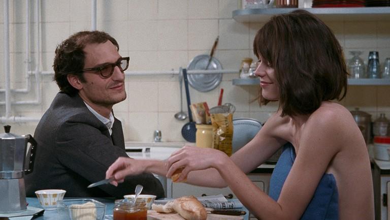 Louis Garrel and Stacy Martin in 'Redoubtable' | © StudioCanal