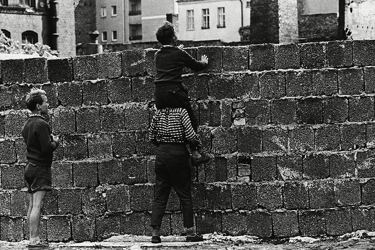 West Berlin children at the wall