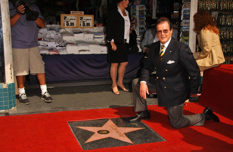 Roger Moore at the ceremony where he was honoured with the 2,350th Star on the Hollywood Walk of Fame. Hollywood, CA. November 10th, 2007